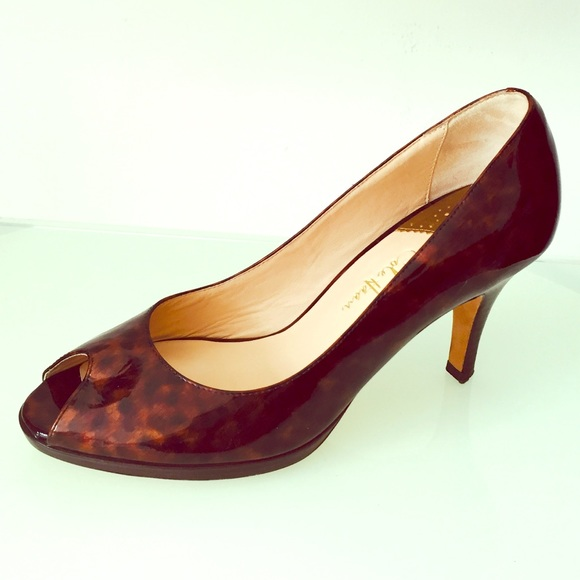 buy popular 28667 c4a16 Cole Haan Shoes - Cole Haan Nike Air peep toe